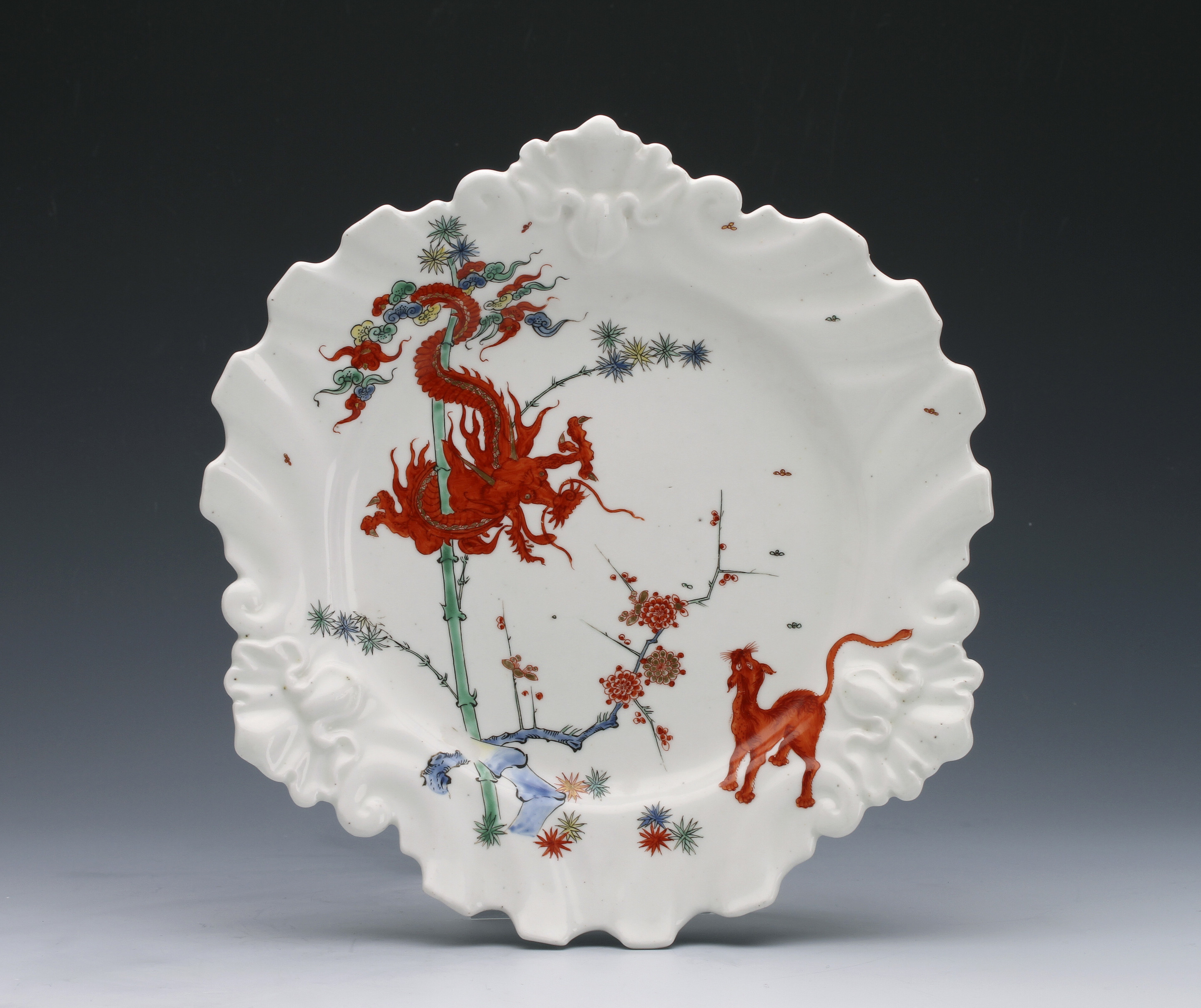 A CHELSEA SILVER-SHAPED PLATE