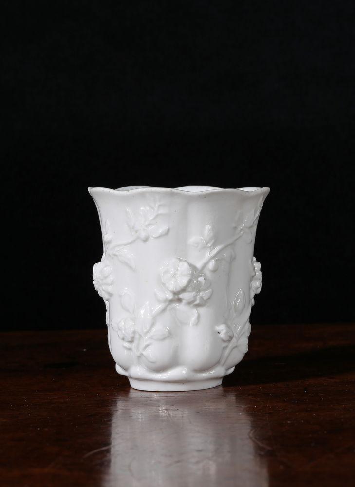 Chelsea White Moulded Tea-plant Beaker